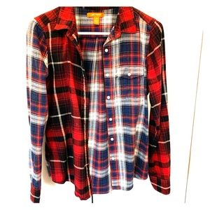 2 patterned flannel shirt